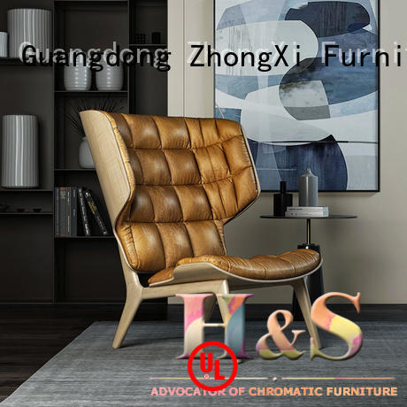 HS awesome lounge chairs space in living room